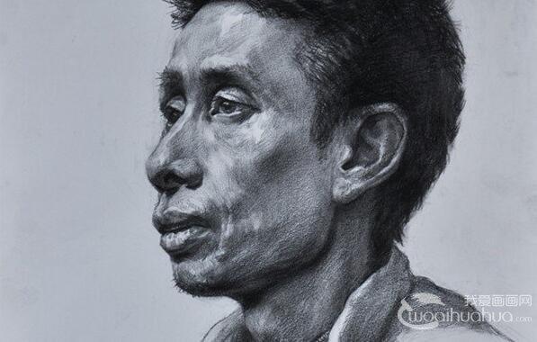 中年男性头像素描临摹作品欣赏