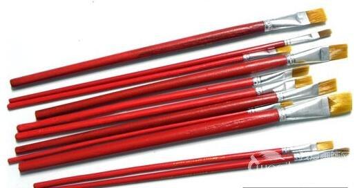 水粉画的四种画笔