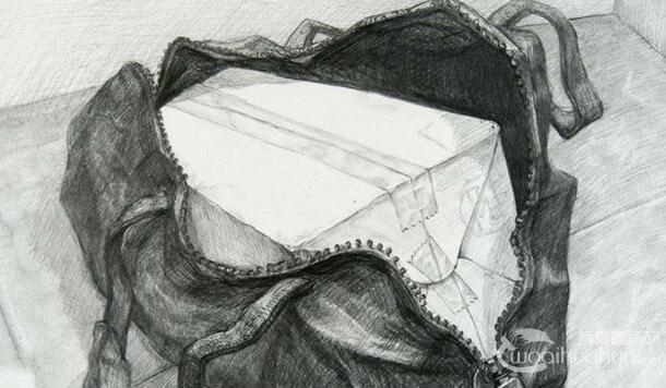 中国美术学院高考素描高分试卷:5副书包素描作品