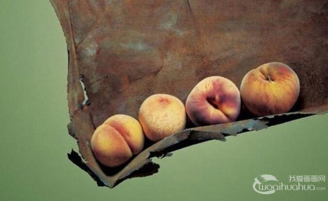 冷军的照相写实主义油画作品欣赏:灯泡,桃子,马灯