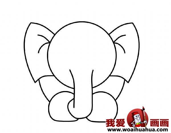 儿童简笔画大象的步骤四:该画大象鼻子了,长长的象鼻子可是大象独特