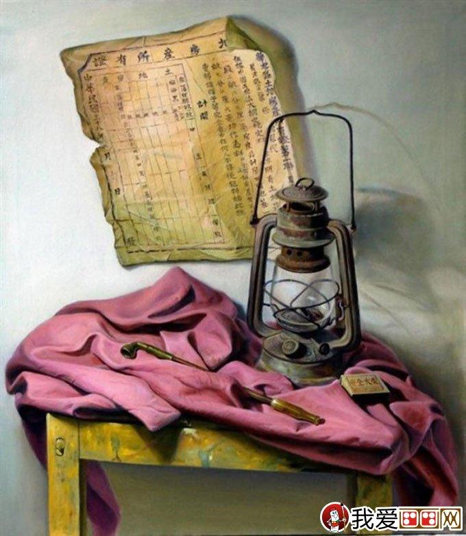 冷军的照相写实主义油画作品欣赏 灯泡,桃子,马灯