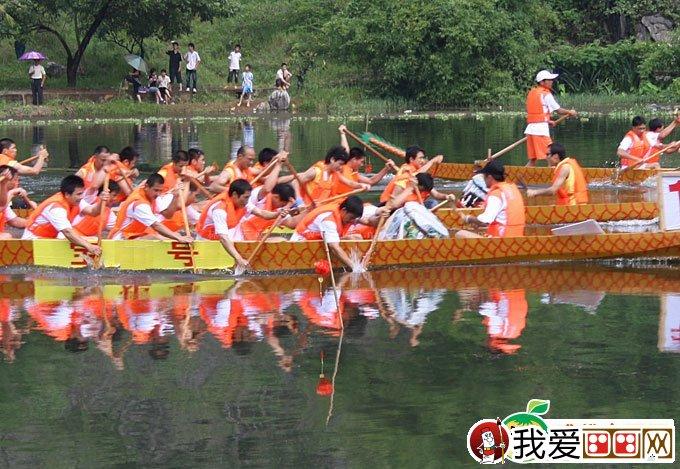 端午节赛龙舟图片(11):端午节赛龙舟资料,划龙舟也先后传入邻国