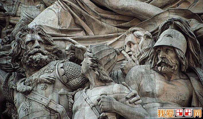 """雄鹰是胜利的标志,在古罗马,人们认为雄鹰是""""朱庇特之鸟"""",在拿破仑"""