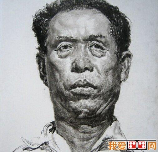 素描人物头像应该怎么画局部细节?