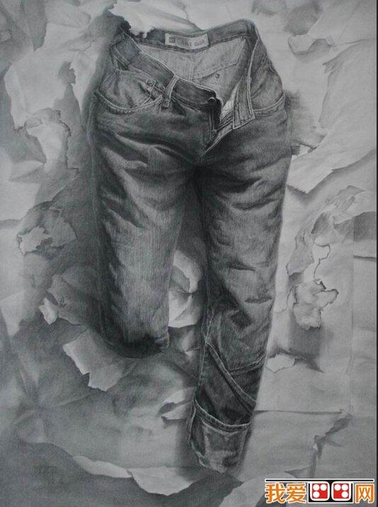 静物素描中是如何画牛仔裤的