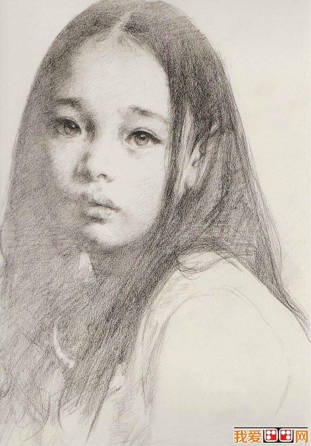 人物素描作品欣赏   素描是一种正式的艺术创作,以单色线条来表现直观
