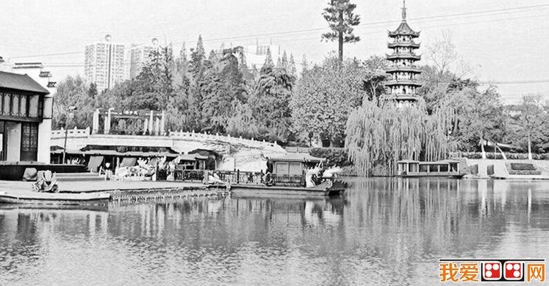 江南小桥流水风景素描作品(5)