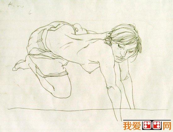 裸体人物速写图片欣赏