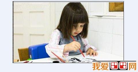 有计划地引导幼儿,开展创造性绘画活动