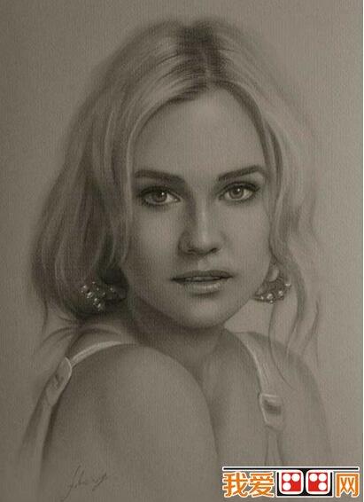 女性人物素描头像