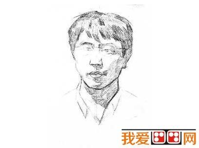 学画画 素描教程 素描人物 > 素描戴眼镜的男人的绘画步骤(2)