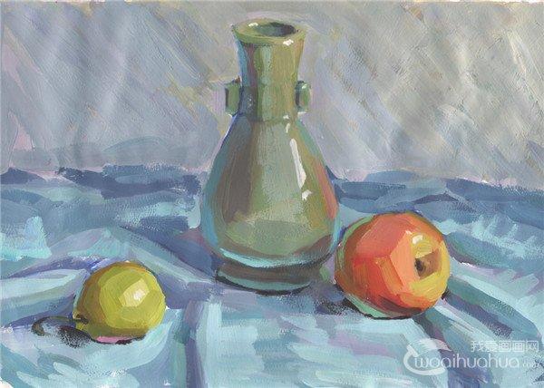 水粉静物组合写生入门 瓶子和水果组合的画法 2