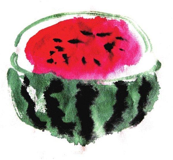 (1)三角的西瓜用狼毫笔调浅曙红,笔尖蘸深曙红,侧锋起笔画三角状.