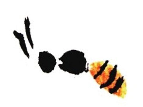 国画蜜蜂测面绘画步骤二