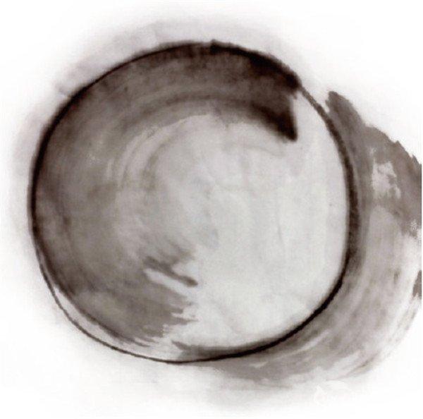 水墨青花瓷的绘画步骤