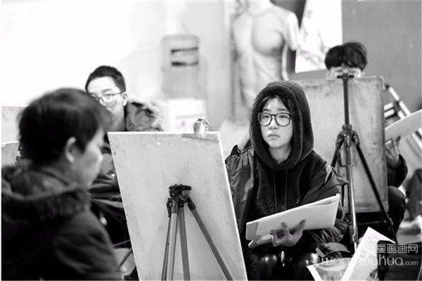 2017年中国美院校考国画创作题目为一首诗