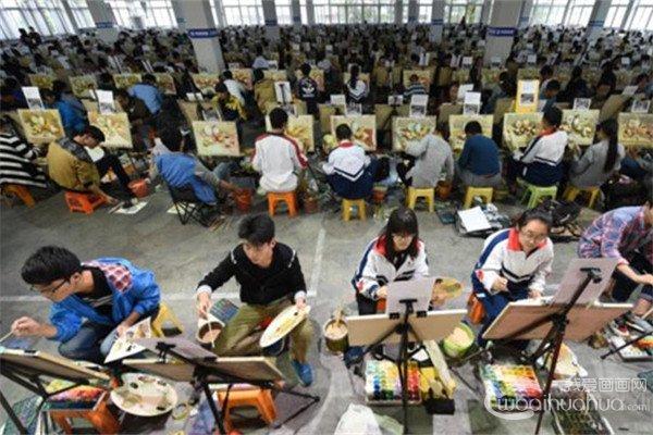2017年中国美术学院校考杭州考点6.5万人报考