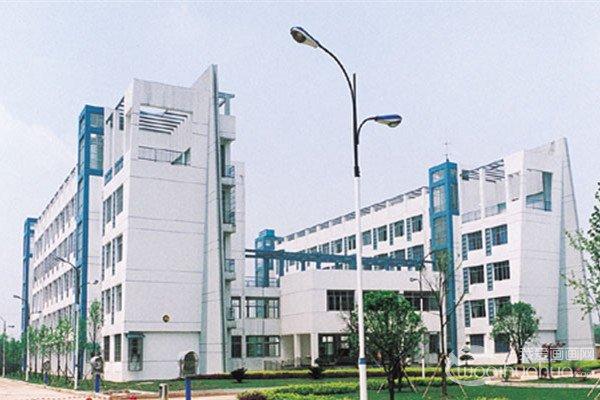 2017年湖南工业大学美术校考考题(河南考点)