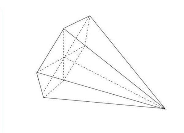 六棱锥横向构图,绘画时要注意物体的透视关系。遵循近大远小的透视原理。同时还要确定出物体最左侧与最右侧的宽度。定出最高点的位置。  素描六棱锥 【重点剖析】 1、由于摆放位置的不同,导致物体的形体、比例、结构关系发生改变。要准确地对透视进行掌握。  素描六棱锥要领1 2、根据不同面的透视形状,对高光、亮部、中间色、暗部、投影及明暗交界线的形状位置把握准确。突出物体的质感与空间感。  素描六棱锥要领2