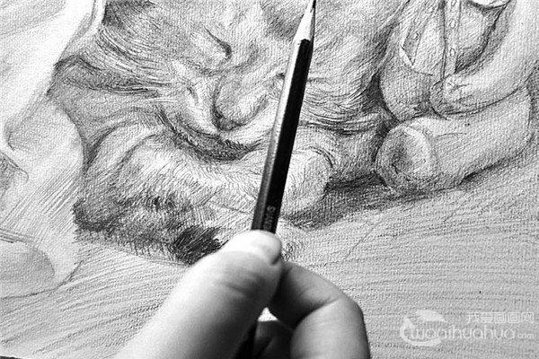 素描:握笔姿势技巧步骤