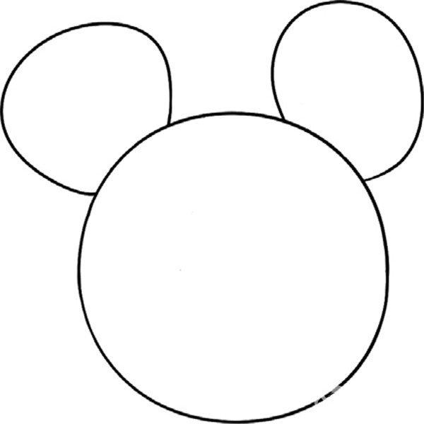 上边加两只耳朵 趣味简笔画:机灵的老鼠绘画步骤二