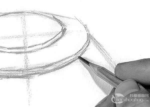 素描电水壶的绘画步骤4