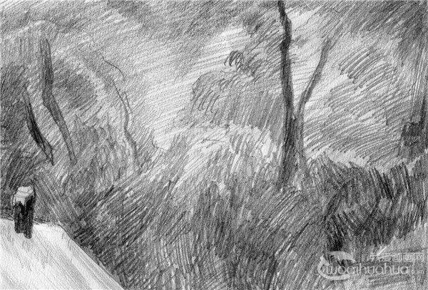 14、细致描绘近处的破栅栏的结构,及枯败的草丛。  后院雪景的绘画步骤14 15、仔细表现远处树丛的空间,拉开黑白灰层次。  后院雪景的绘画步骤15 16、细心处理小屋屋顶与远处树丛的衔接关系,要有虚有实。  后院雪景的绘画步骤16 17、为了表现出小屋的古老的特征,在斑驳的墙面进行细致入微的刻画。  后院雪景的绘画步骤17